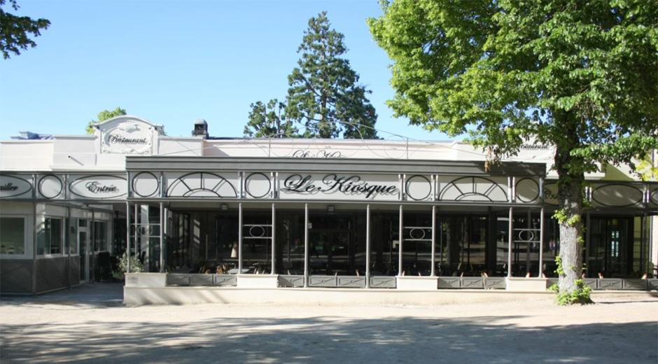 Entrance of Le Kiosque Restaurant